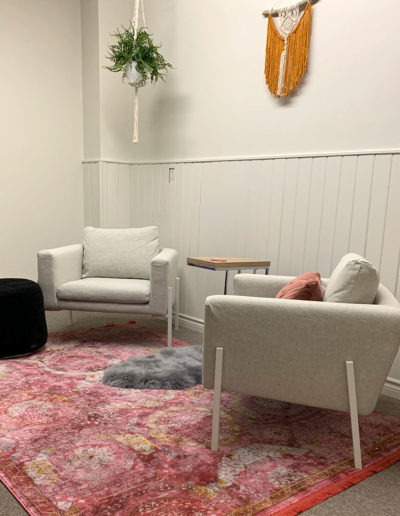 launchit-lounge-vertical